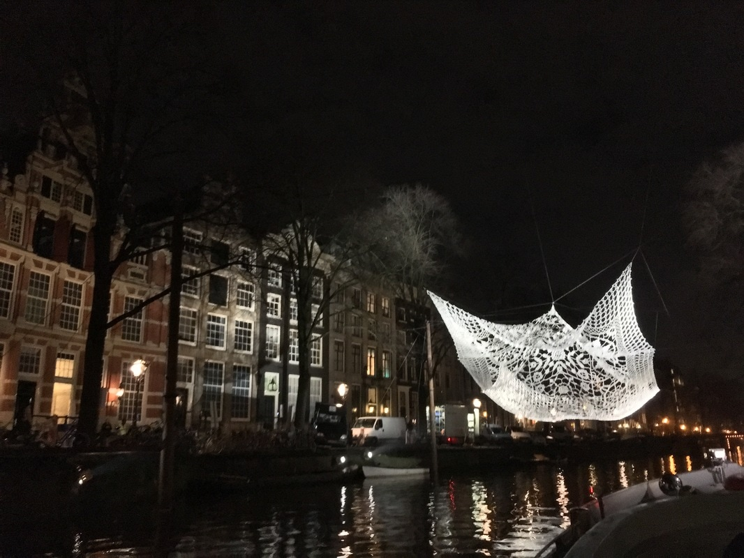 Beautiful Amsterdam canal photography. Read about the coolest places to take photos in Amsterdam!