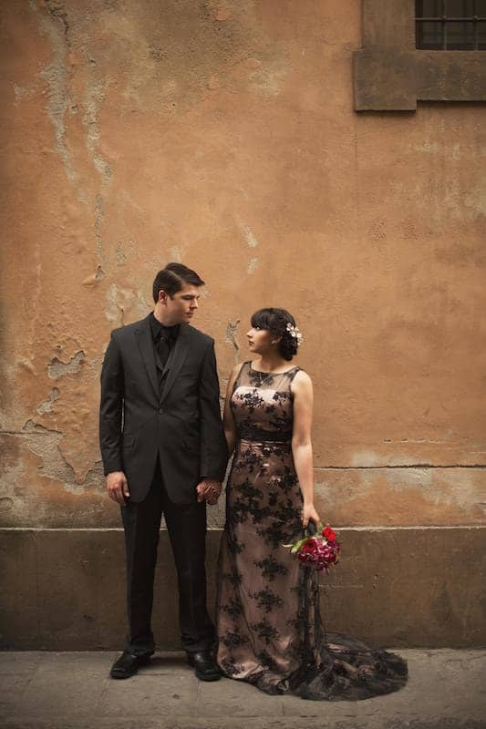 Romantic picture of couple in Italy from their elopement in Florence.