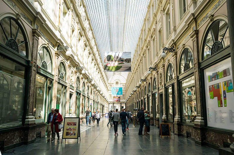 Photo of the Royal Galleries in Brussels, one of the best places to visit in Brussels!
