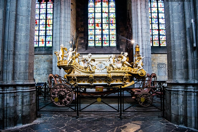 Golden Carriage of Mons. Find out more about the best festivals in Belgium, including the Doudou Festival.