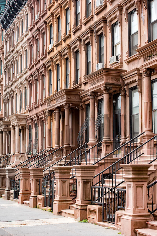 Beautiful brownstone in Harlem, New York.  Enjoy the architecture to see New York on a budget! #NYC #travel #NewYork