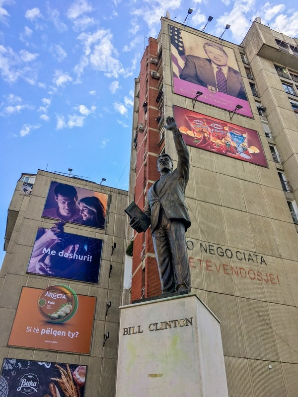 Photo of Bill Clinton Statue in Pristina Kosovo. Discover more weird things to do in Kosovo. (fotot e kosovës)