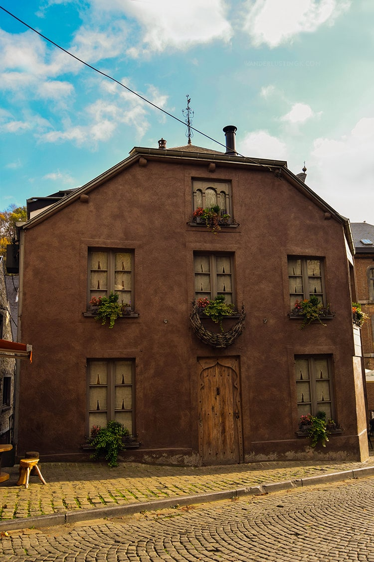 Beautiful house in Durbuy Belgium. Discover the most beautiful city in Belgium, perfect for a romantic day trip from Brussels! #Brussels #Belgium #Europe #Travel