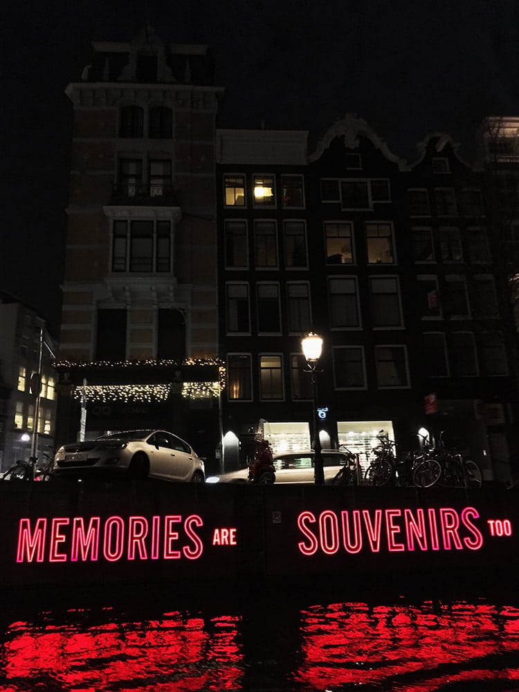 Memories are Souvenirs scuplture from the Amsterdam Light Festival. Read tips for canal cruises for the Amsterdam Light Festival,.