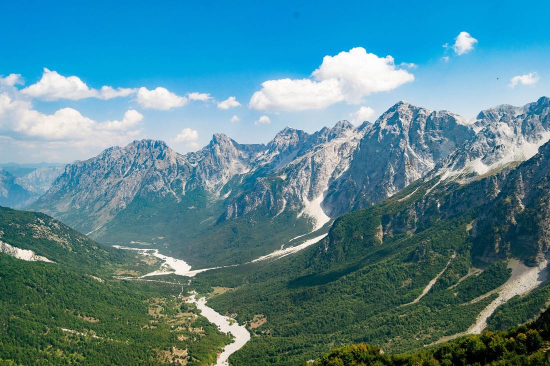 Shqiperia e bukur. Beautiful view of mountains in Albania!