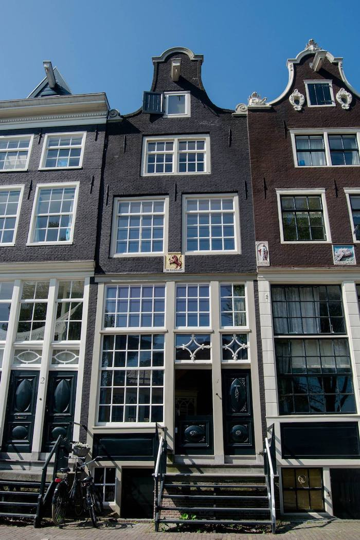 Canalhouse in Amsterdam. Read insider tips for visiting Amsterdam on a budget by a resident with the best free things to do in Amsterdam and cheap food in Amsterdam. #travel #europe #amsterdam #netherlands #budgettravel