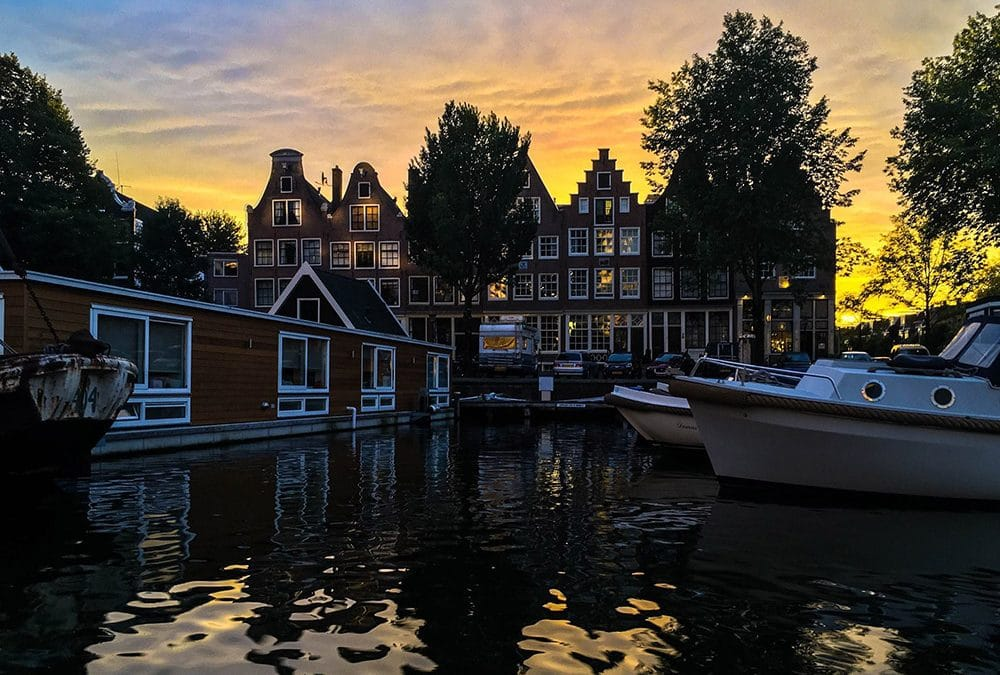 15 books about Amsterdam that you'll want to read!