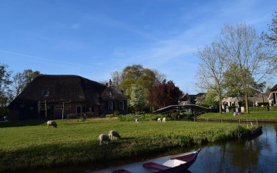 One Day in Giethoorn, the Dutch fairytale village without roads