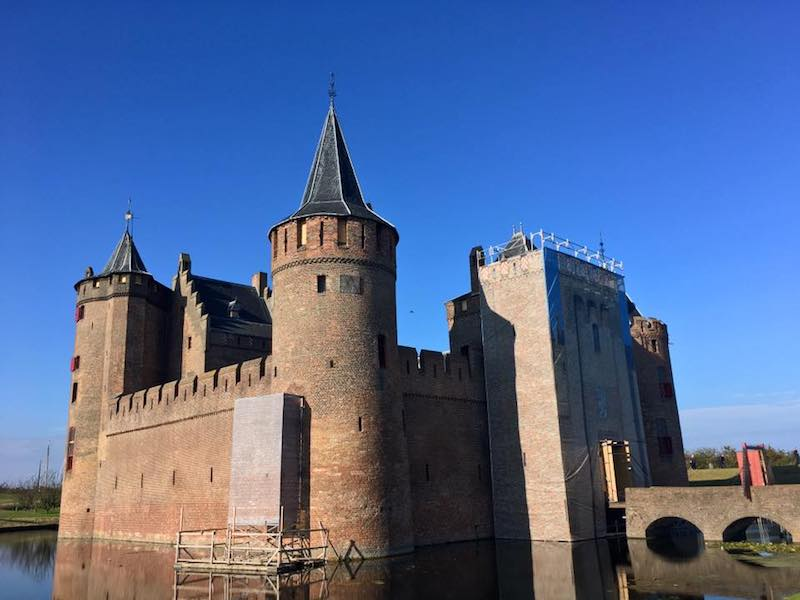 Castle in the Netherlands. Read tips on planning a family trip with your parents or in laws!