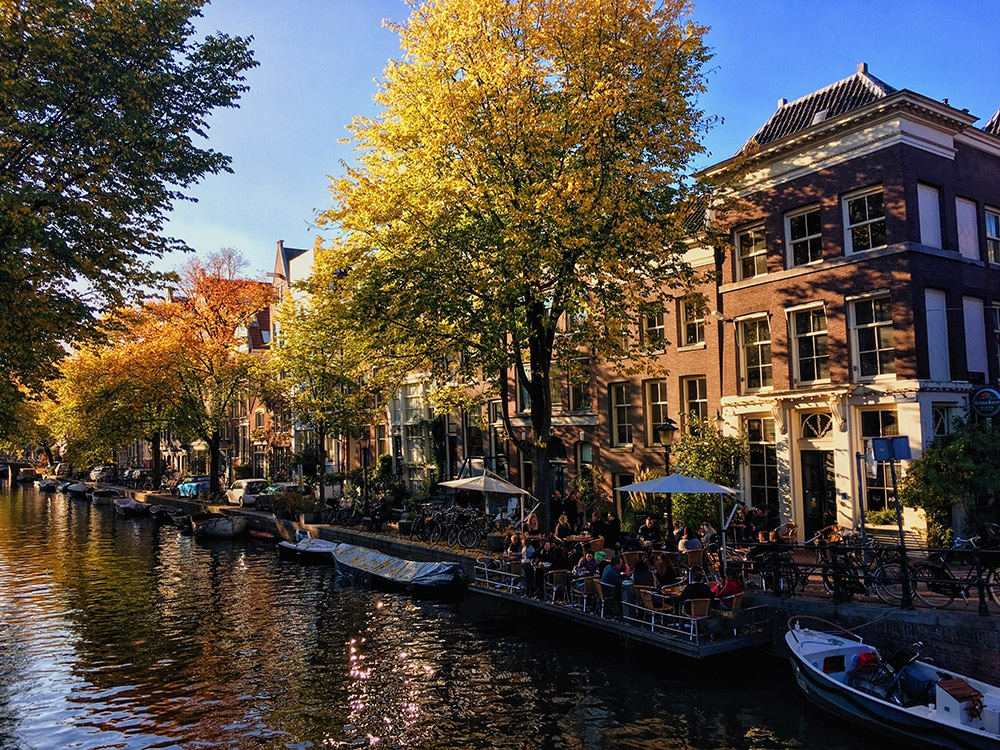 Beautiful canal in Amsterdam. Read your perfect itinerary for three days in Amsterdam!