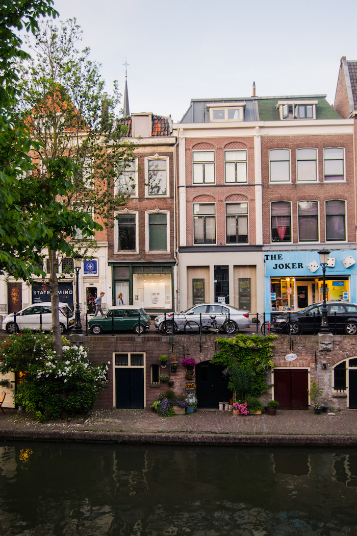 Beautiful canals in Utrecht. Read the best things to do in Utrecht in the perfect one day guide to Utrecht . #travel #Europe #Utrecht #canals #Netherlands