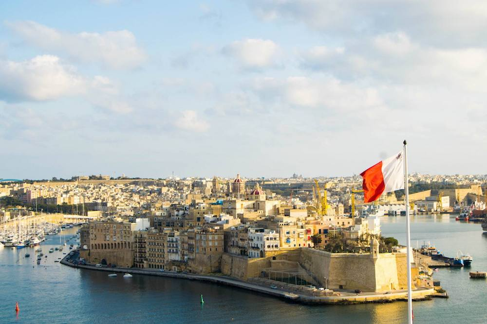The perfect Malta itinerary for spending three or four days in Malta with tips for getting around Malta by bus!