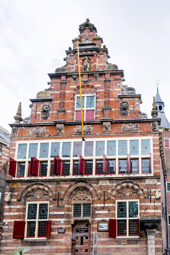 The old Woerden Stadshuis, one of the most beautiful buildings in Woerden, the Netherlands. Read about visiting Woerden, which has an amazing cheese market! #travel #netherlands