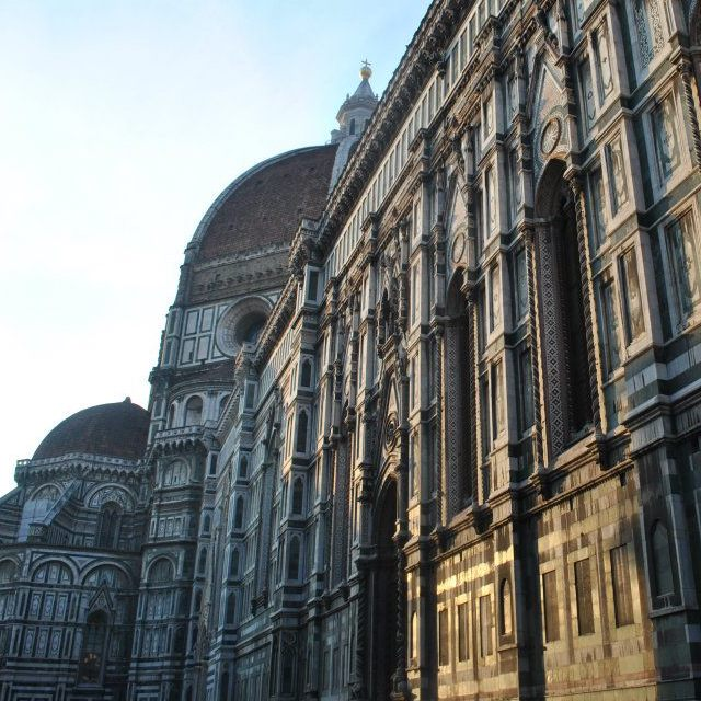 The Duomo in Florence, one of the must-sees in Florence. Florence is a must-see city on your European itinerary! Keep reading your perfect plan for two months in Europe! #travel #italy #europe