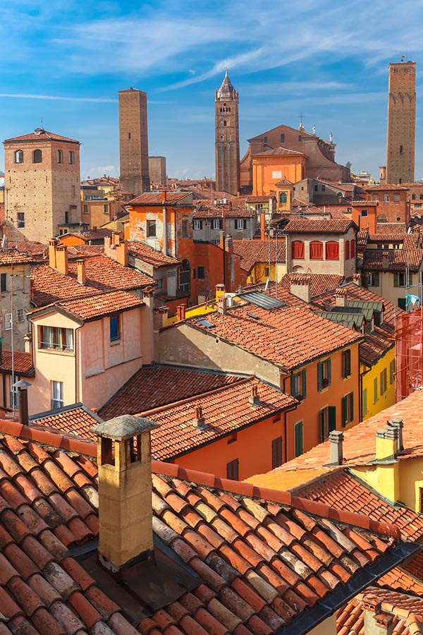 Bologna, one of the Italian cities to include on your European holiday vacation. Keep reading for where to go during two months in Europe with the perfect itinerary for backpacking Europe! #travel #italy #italia #Bologna #europe