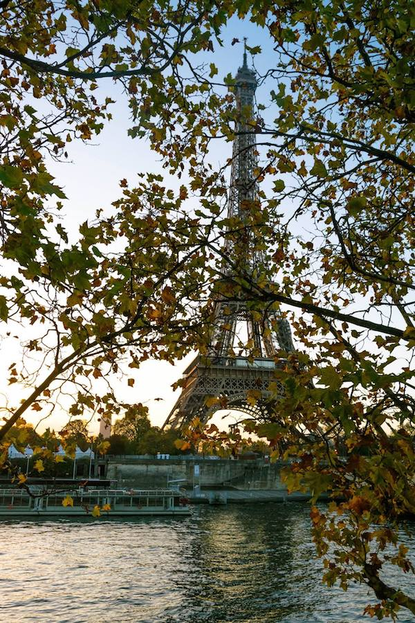 Paris at sunrise. Read what to pack for two weeks in Europe (or more) in this carry-on packing guide for Europe by an American who moved to Europe. #travel #Paris #packing #europe