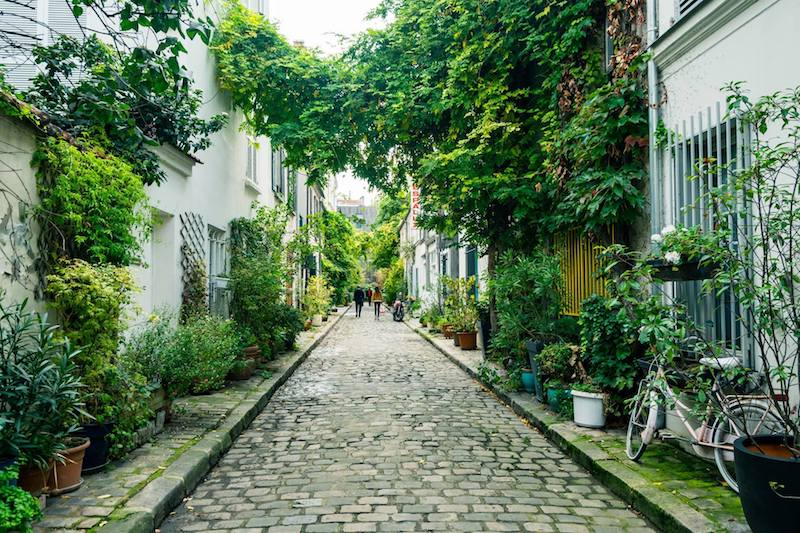 Beautiful secret street in Paris. Read inspiration for the best things to do in Paris with this Paris itinerary that shows you secret places in Paris... #travel #paris #france #europe