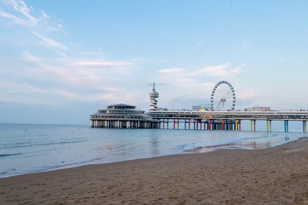 Scheveningen pier, one of the best things to see on Scheveningen beach! Read about things to do in Scheveningen in this guide to Scheveningen written by a resident! #travel #Scheveningen #summer #beach #holland