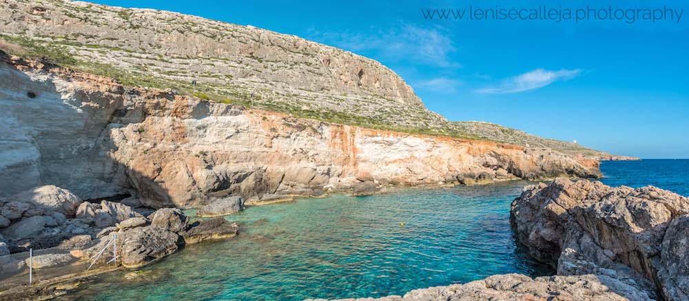 Beautiful beach in Malta. Read how to avoid the crowds in Malta in this insider's guide! #travel #malta