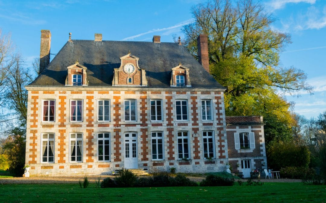 Beautiful chateaux in france what it 39 s like to stay in a for Chateaux in france to stay