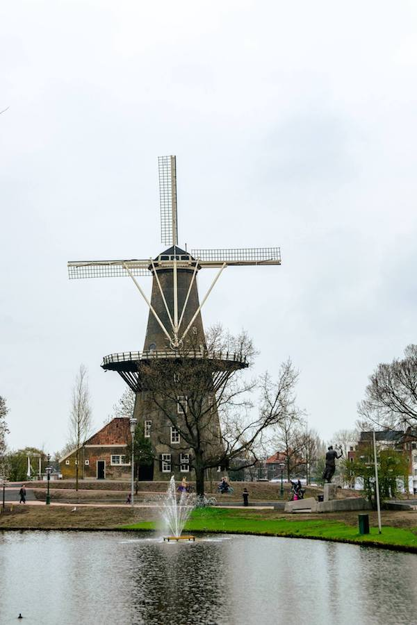 Molen de Valk, one of the attractions in Leiden, the Netherlands. Read what to do in Leiden! #travel #windmill #holland #netherlands #leiden #molen