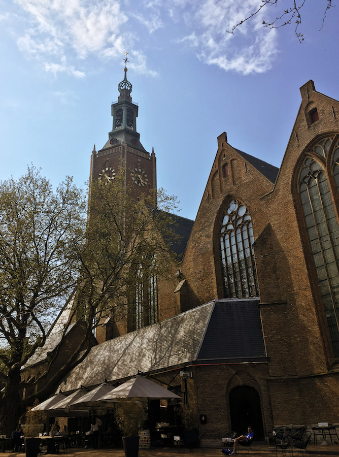 Grote Kerk, one of the main things to see in the Hague (Den Haag). Read about the best hotels in the Hague and the best neighborhoods in the Hague to stay in! #travel #holland #denhaag
