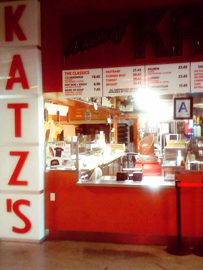 Branch of Katz's Deli in the Dekalb Food Market in Downtown Brooklyn. Read about where to eat in Downtown Brooklyn! #travel #brooklyn #NYC