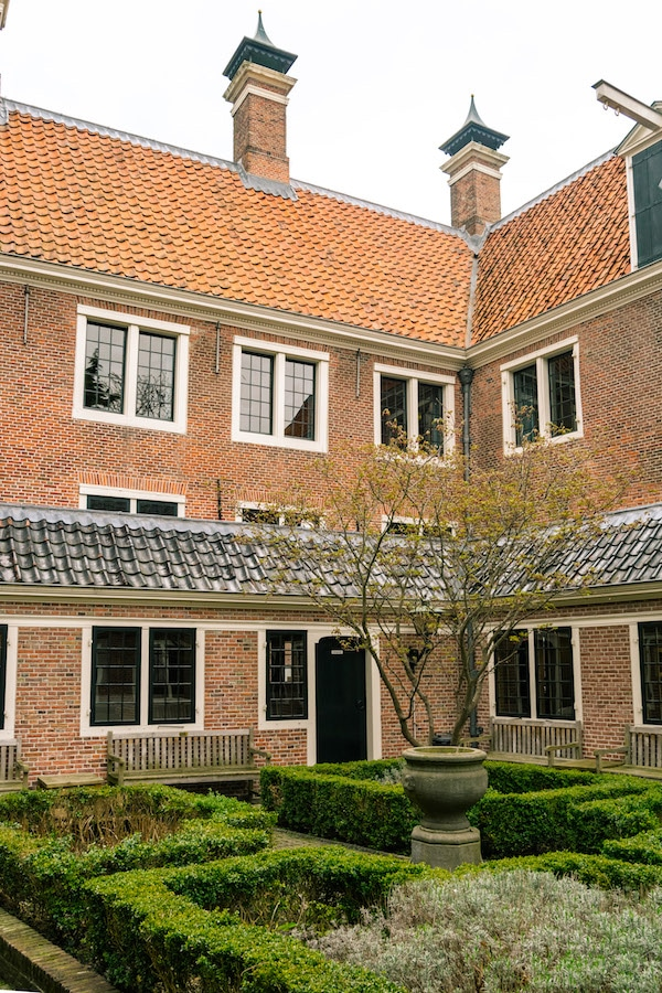 Secret courtyard in the Leiden library. Read your guide to Leiden, one of the cutest day trips from Amsterdam. #travel #amsterdam #leiden #holland #netherlands