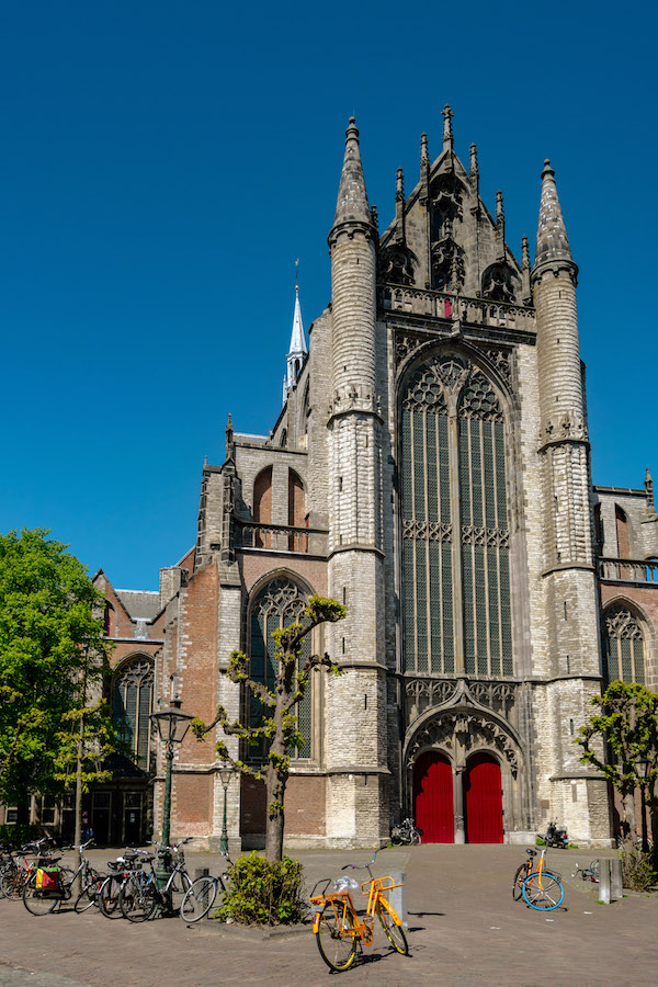Exterior of Hooglaandenkerk, one of the churches in Leiden. If you visit Leiden, you must stop off at the churches. #travel #church #leiden #holland