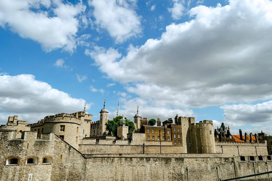 The Tower of London, one of the most historic places in London to visit on your first trip to London. See the perfect first time itinerary for London! #travel #london
