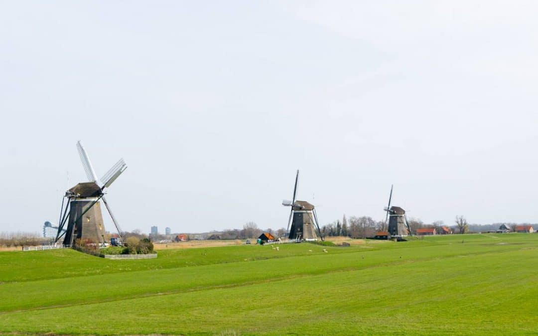 A scenic day trip from the Hague: Voorburg, Leidschendam, and the Molendriegang