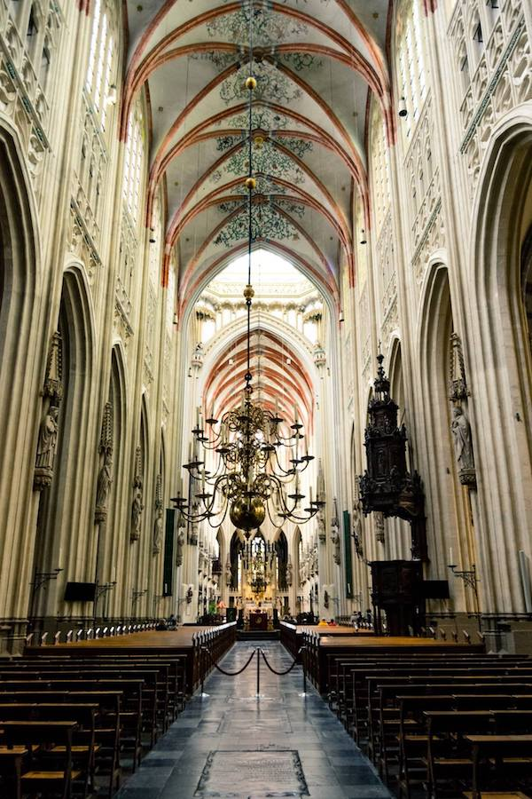 The stunning St. John's Cathedral in Den Bosch, one of the best things to do in Den Bosch. #travel #denbosch #cathedrals #nederland