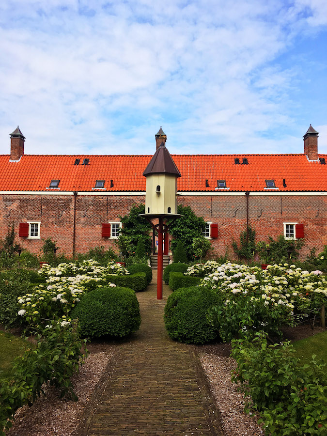 For a free activity in the Hague, consider visiting a hofje. These historic courtyards are worth visiting and cost nothing to visit!