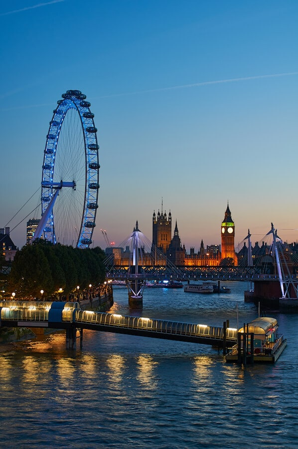 The London Eye at night. Exploring London? See London on foot with this self-guided walking tour of London! #travel #london #england