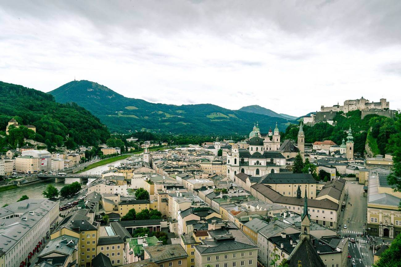 Beautiful view of Salzburg city center, including the Salzburg Castle, from a beautiful viewpoint that most tourists don't know about!