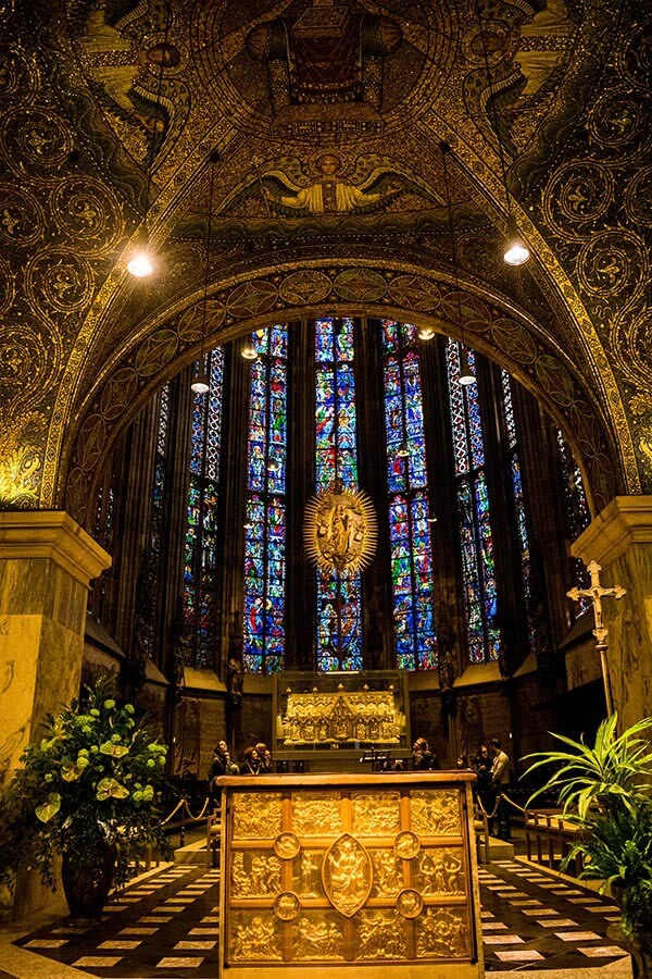 The beautiful interior and stained glass windows of Charlemagne's cathedral in Aachen, Germany. #travel #history #germany
