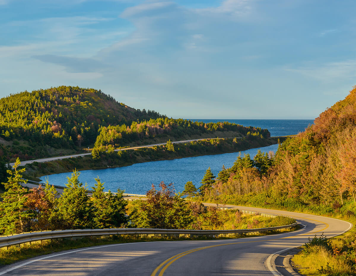 Read your guide to the best things do in Nova Scotia in this perfect Nova Scotia road trip guide!