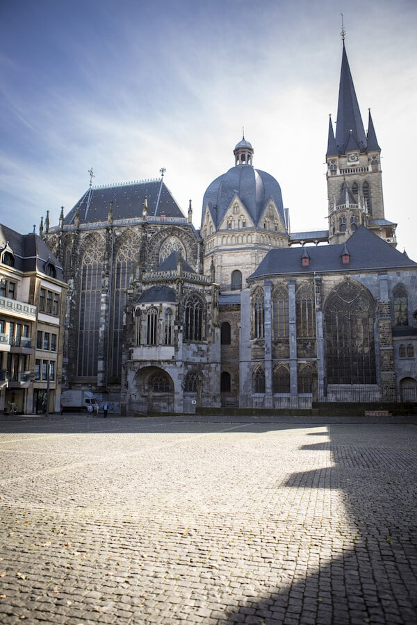 Beautiful view of the Aachen Cathedral, one of the best things to do in Aachen, Germany.  This stunning cathedral, recognized by UNESCO, dates back to 800. #travel #germany #aachen #UNESCO