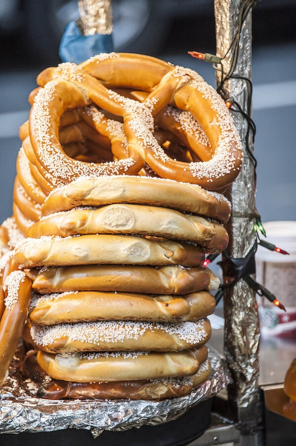 Pretzel at a street stand in New York. If you're visiting NYC, you must try these 20 foods in New York City! #NYC