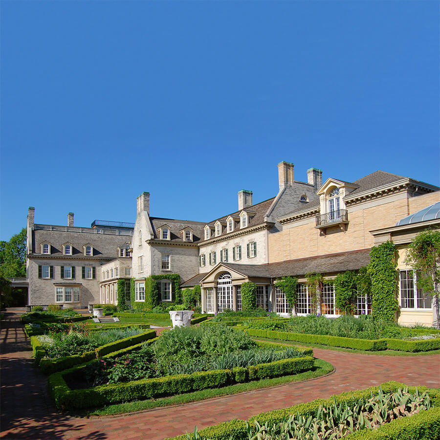 The George Eastman house in Rochester, one of the beautiful mansions in the Finger Lakes region. #travel #rochester #NY