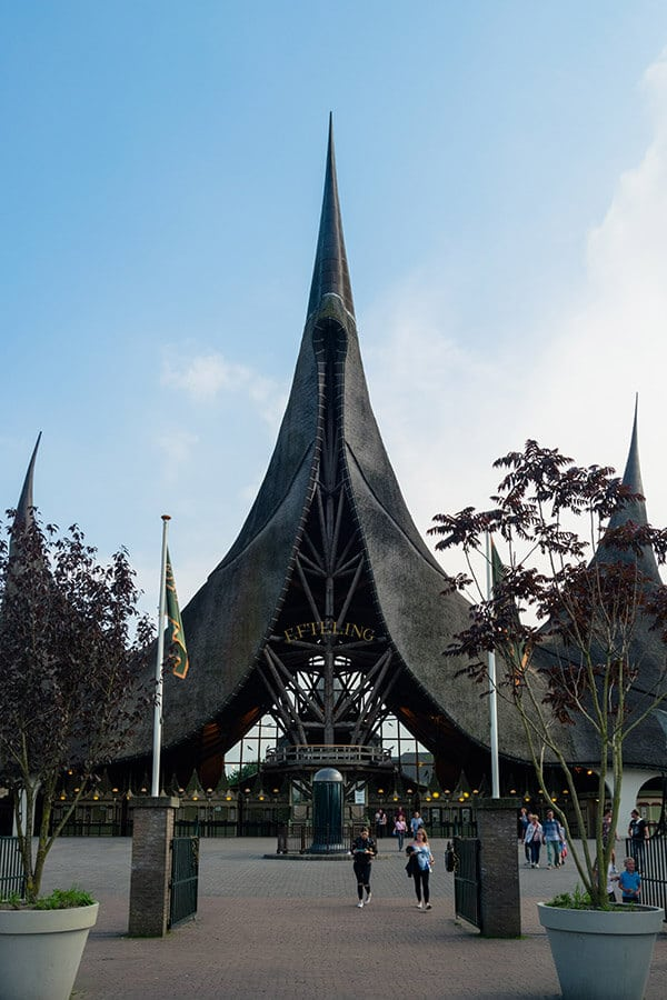 The amazing entrance to Efteling, one of the best Dutch amusement parks! #travel #netherlands