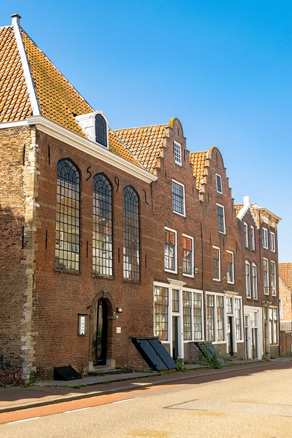Beautiful homes in the historic center of Middelburg.  One of the best things to do in Middelburg is to explore its beautiful center. #travel #middelburg