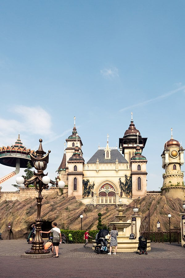 Beautiful castle and rides within the Efteling Theme Park in the Netherlands. This unique Dutch amusement park is a great day trip from Amsterdam. #travel #netherlands