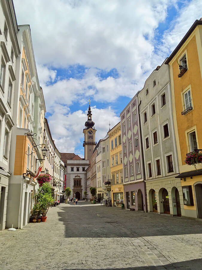 Beautiful street in Linz, Austria.  This off the beaten path gem in Austria should be added to your Austrian itinerary! #austria #travel