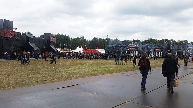 People walking along the grounds of Graspop (GMM).