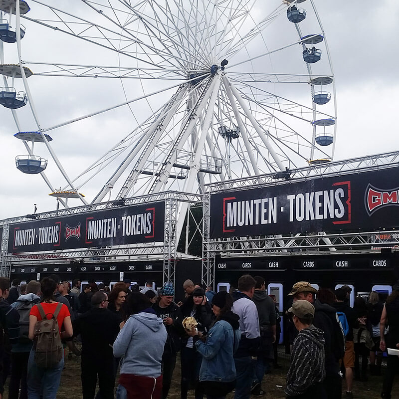At Graspop, you need to pay with coins known as munten instead of cash. This can be purchased at a booth near the front.
