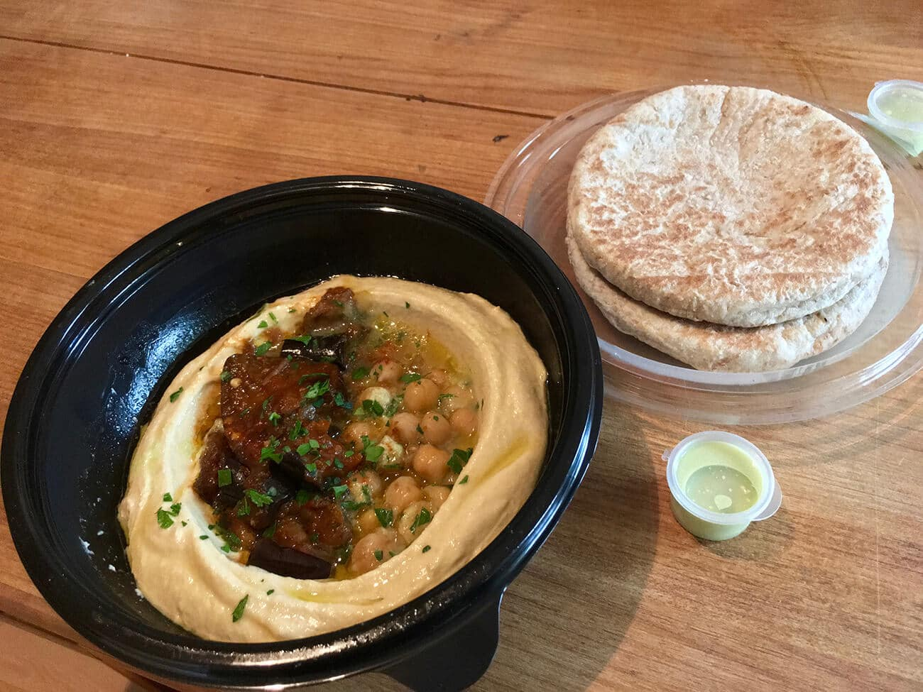Delicious hummus from Sir Hummus, a vegan-friendly dinner shop in De Pijp, Amsterdam.