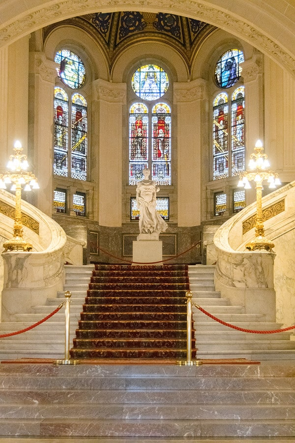 The beautiful steps showing the interior of the Peace Palace (Vredespaleis) in the Hague, the Netherlands. This beautiful building is where the International Court of Justice takes place. #travel #holland #netherlands #nederland