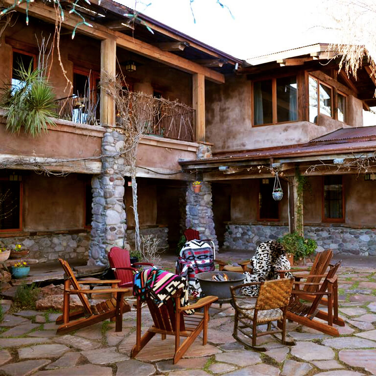 El Portal is a perfect place to stay during a relaxing weekend in Sedona, Arizona!  #sedona #arizona