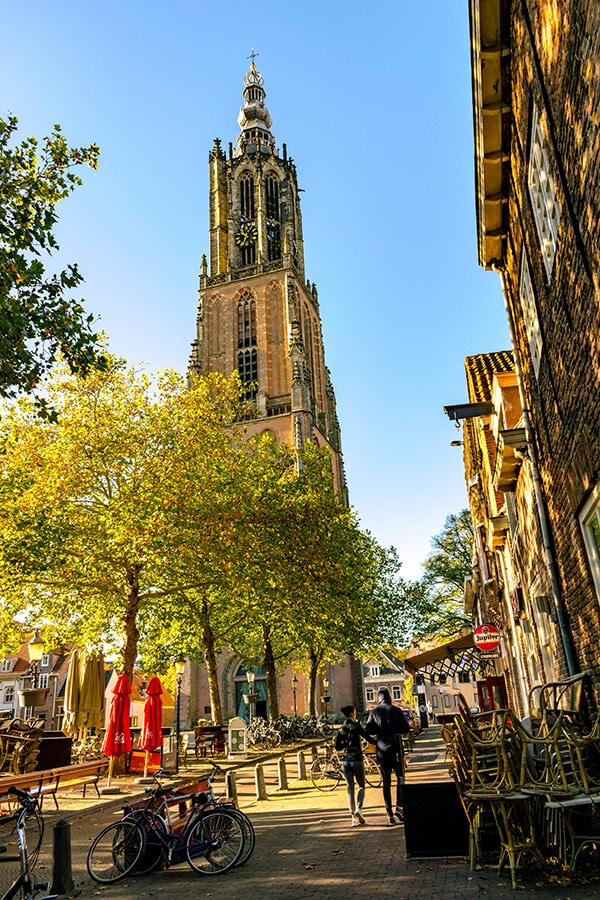 The stunning Onze Lieve Vrouwetoren, one of the highlights of visiting Amersfoort, the Netherlands.  This beautiful tower is full of history and secrets! #netherlands #nederland #amersfoort